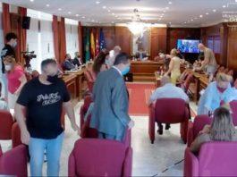 los concejales de la oposicion abandonan el Pleno del Ayuntamiento de Villaviciosa de Odón de 26 de julio 2021